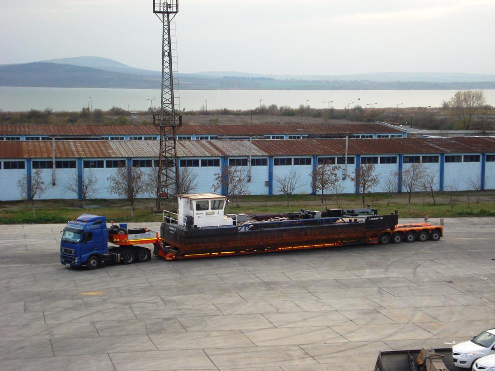 Кораб пристигна в Свободна зона Бургас